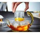 Заварочный стеклянный чайник с желтой ручкой 600 мл