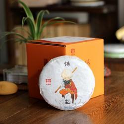 """Пуэр Шу Мэнхай Да И """"У Кун"""" (Король обезьян) партия 1701, 2017 год, 100 грамм. Оригинал."""